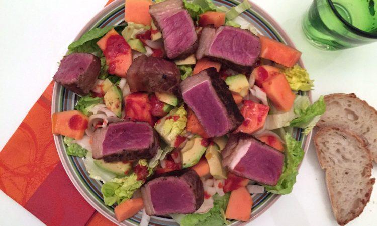 Tim Mälzer Born to cook 2: Papaya-Steak-Salat